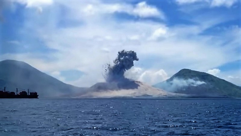 VIDEO: The Explosive Moment When Volcano Erupts and Triggers a SONIC BOOM